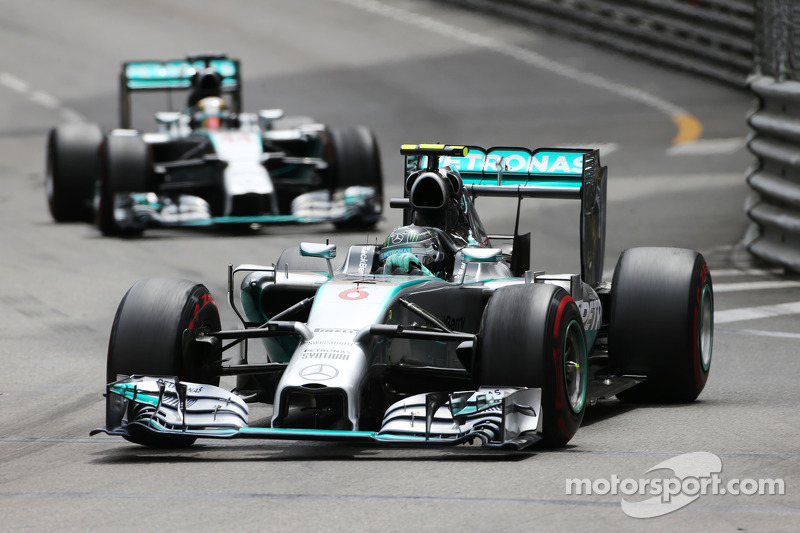 Rosberg does Hamilton's 'dirty work' - kart boss