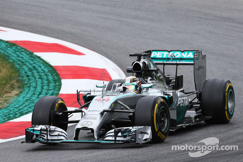 Hamilton takes over at top in Spielberg