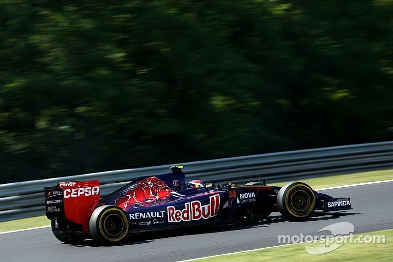 Rookie Kvyat hits back at F1 'wimps' criticism