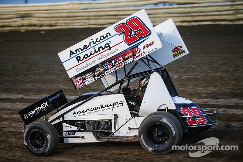 Madsen wins at Antioch in closest Outlaws finish ever