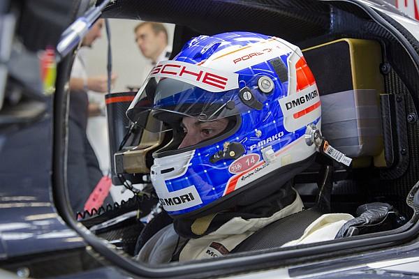 Michael Christensen and Frédéric Makowiecki test the Porsche 919 Hybrid