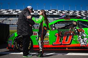 Homecoming Queen: Danica Patrick returns to Chicagoland