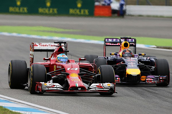 Only 'subtle details' troubling Vettel in 2014 - Webber