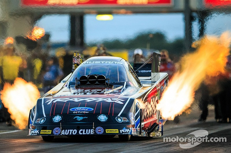 Courtney Force makes it two in a row