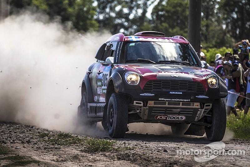 Orlando Terranova leading after day one at the 2015 Dakar Rally