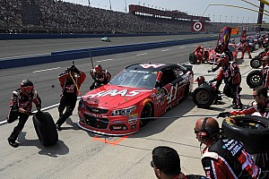Kurt Busch settles for podium finish at Auto Club Speedway