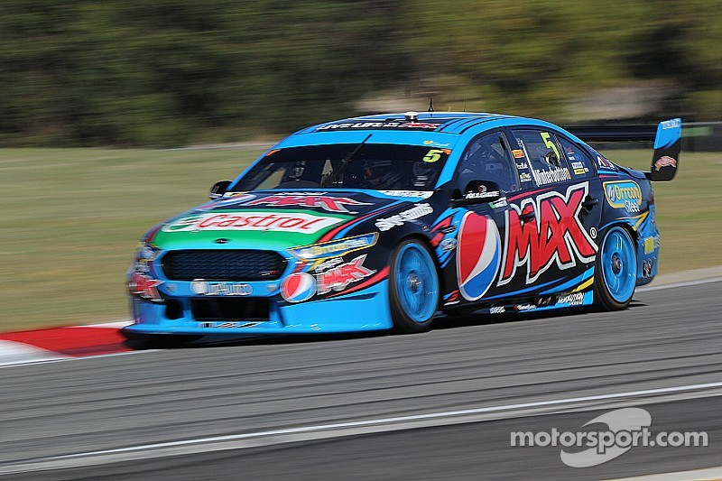 Mostert, Winterbottom share V8 poles in Perth