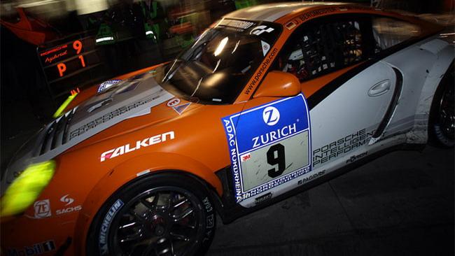 24 Ore del Ring: in testa la Porsche ibrida!