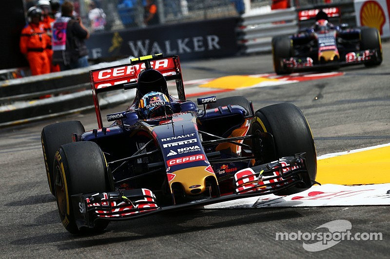 Sainz to start from pitlane after penalty
