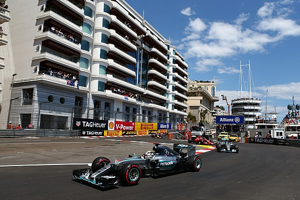 Mercedes: All we can do is apologise