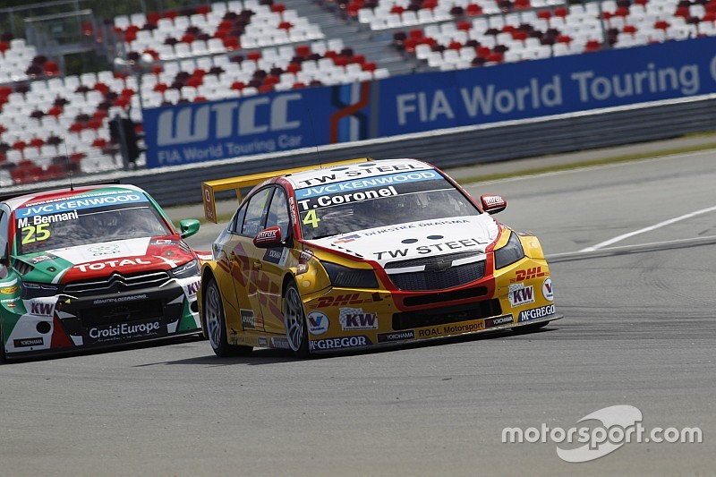 Tom Coronel late in finding pace during WTCC races in Moscow - video