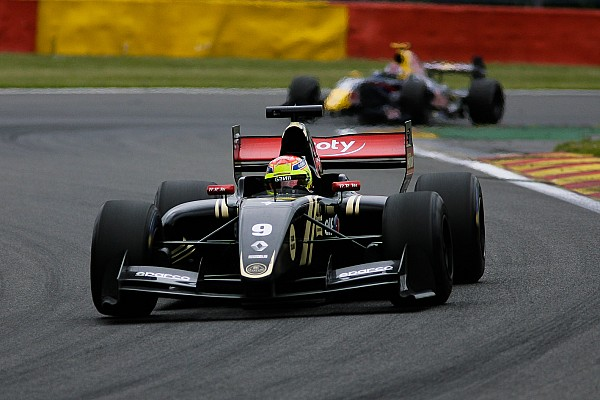 Vaxiviere dominates collective testing in Hungary