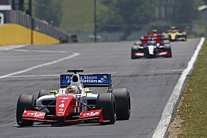 Formula 3.5 Race report Hungary FR3.5: Rowland thwarts Vaxiviere