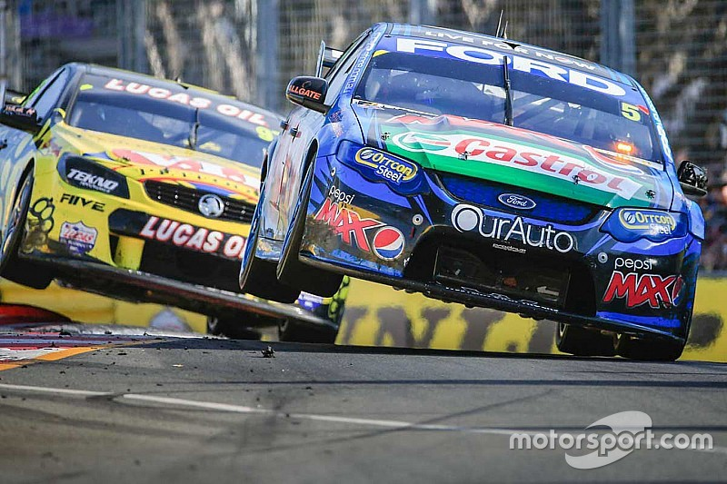"Tourism minister says Gold Coast V8 event ""at risk"""