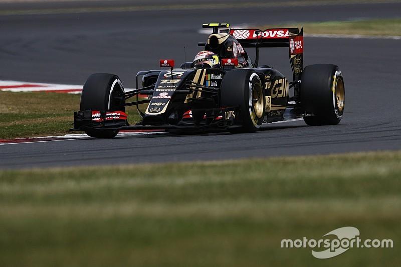 Lotus pudo girar después de esperar por sus neumáticos