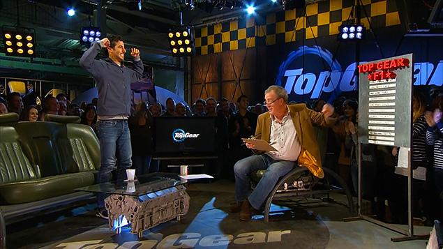بالفيديو: ريكاردو يهزم هاميلتون في برنامج «توب غير» ويُسجّل زمن قياسي
