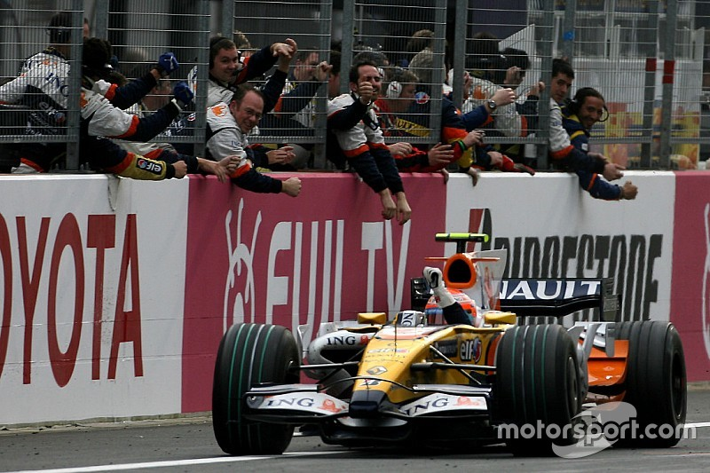 Renault deal would resurrect top form - Lotus