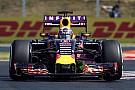 """Chefe da Toro Rosso: """"Verstappen e Sainz são melhores que Ricciardo"""""""