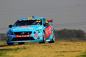 V8 Supercars Practice report Wall tops opening V8 practice