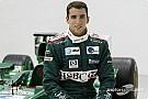 Lewis Hamilton honra la memoria de Justin Wilson