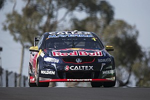 V8 Supercars Breaking news Bathurst 1000: #1 Commodore takes over the lead