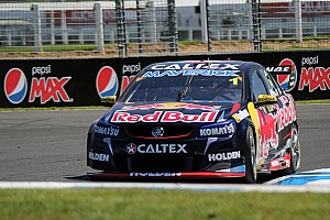 Supercars Race report Whincup takes dominating victory in first Auckland sprint race