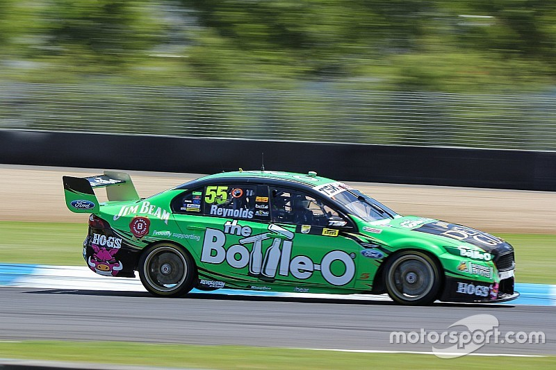 Reynolds wins Race 29 after Lowndes crashes out
