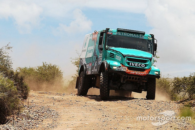 De Rooy surprised with Dakar lead