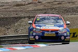 BTCC Breaking news Goff switches to West Surrey Racing for 2016