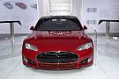 Elon Musk wil Android- en iPhone-apps in auto's Tesla