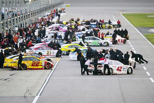NASCAR Sprint Cup Últimas notícias NASCAR muda pontuação e nova prorrogação pode não ter fim