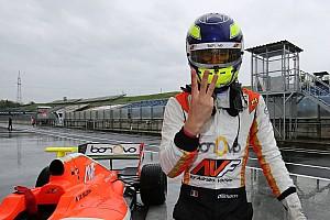 Fórmula V8 3.5 Últimas notícias Dillmann vence debaixo de chuva na Hungria; Pietro é 8°