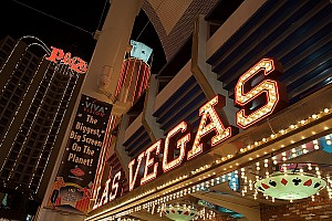 Ecclestone 'struggling' with Las Vegas F1 plan