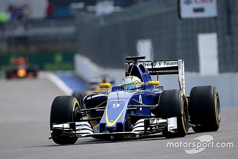 Sauber відмовляється від тестів в Барселоні