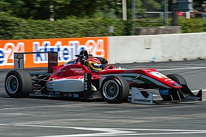 Євро Ф3 Репортаж з гонки Євро Ф3 на Норісрингу: Ленс Стролл виграє третю перемогу поспіль
