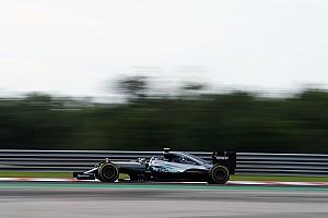 Формула 1 Отчет о тренировке Росберг на 0,002 секунды опередил Ферстаппена в третьей тренировке