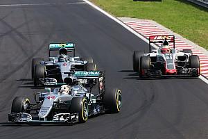 Формула 1 Комментарий Гутьеррес обиделся на показавшего ему средний палец Хэмилтона