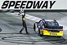 NASCAR XFINITY Erik Jones sobra em Iowa e vence pela terceira vez em 2016