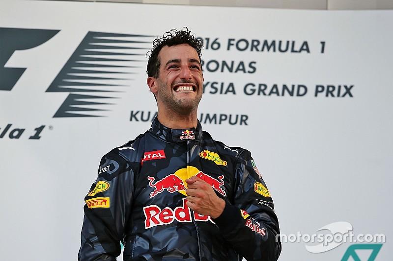 「少し感傷的だ」リカルド、マレーシアGPの勝利をビアンキに捧ぐ
