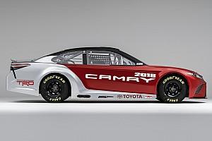 Monster Energy NASCAR Cup I più cliccati Fotogallery: ecco la Toyota Camry 2017 che correrà in NASCAR