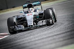 Képen a 2017-es F1-es Mercedes koncepciója és az új festés