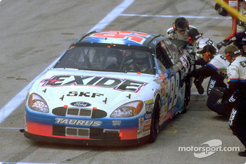 Exide Ford Taurus driver Jeff Burton and his Roush Racing crew won four NASCAR Winston Cup races in 2000, including the milestone 500th win by a Ford car in the series