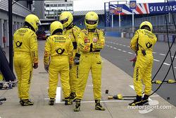 Jordan pit crew