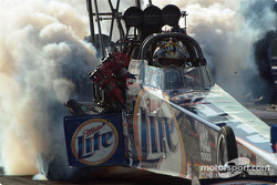 Larry Dixon took the #1 spot in Top Fuel qualifying