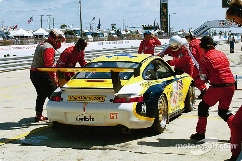 Porsche GT3 RS in the pits