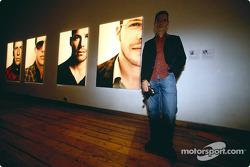 British artist Julian Opie brings together Art and Formula 1 racing: Julian Opie