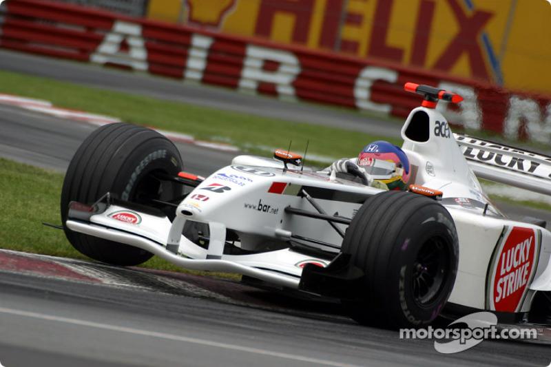 Cornering lesson with Jacques Villeneuve at Senna curve: part 2