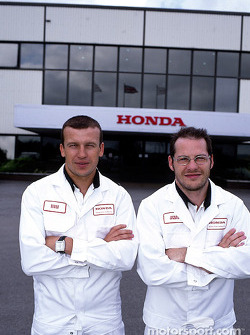 Visit of the Swindon Honda factory to celebrate the 500,000 Honda Civic: Olivier Panis and Jacques Villeneuve