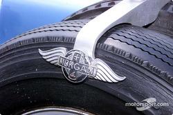 Morgan tire clamp