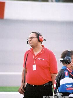 Chrysler engineer Ed Arthur